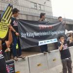 <!--:ja-->インドネシアNGOが日本大使館前アクション、要請書提出「日本は石炭火力への融資ストップを」<!--:-->